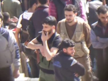 First opposition fighters evacuated in Damascus after 'de-escalation zone' deal