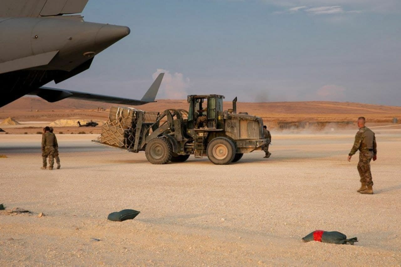 Era Biden - Nel 'nuovo mondo meraviglioso' gli USA aumentano l'asset in Siria e addestrano le milizie jihadiste 4