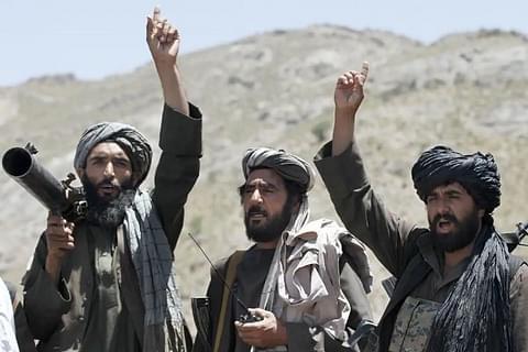 Talebani: l'ex presidente afghano ha sottratto allo stato 169 milioni di dollari in contanti 1