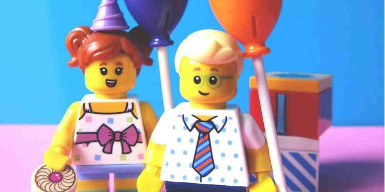 Lego fornirà mattoncini neutrali 1